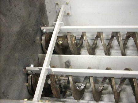 Shaftless screws